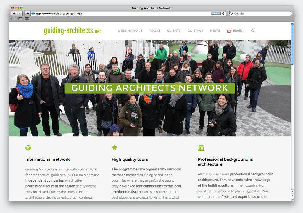 Robotito-guiding-architects-web01